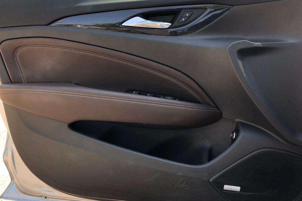 IMG 1437 1260x840 - Opel Insignia Sport Tourer 1.5 Turbo 165 CV
