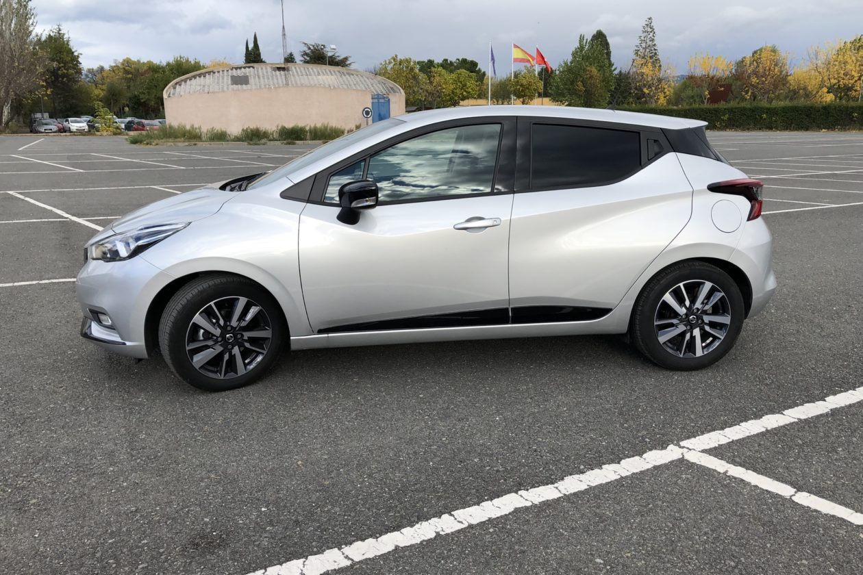 Lateral Izquierdo 1260x840 - Nissan Micra 2017 – 2018 Acenta 0.9 IG-T 90 CV