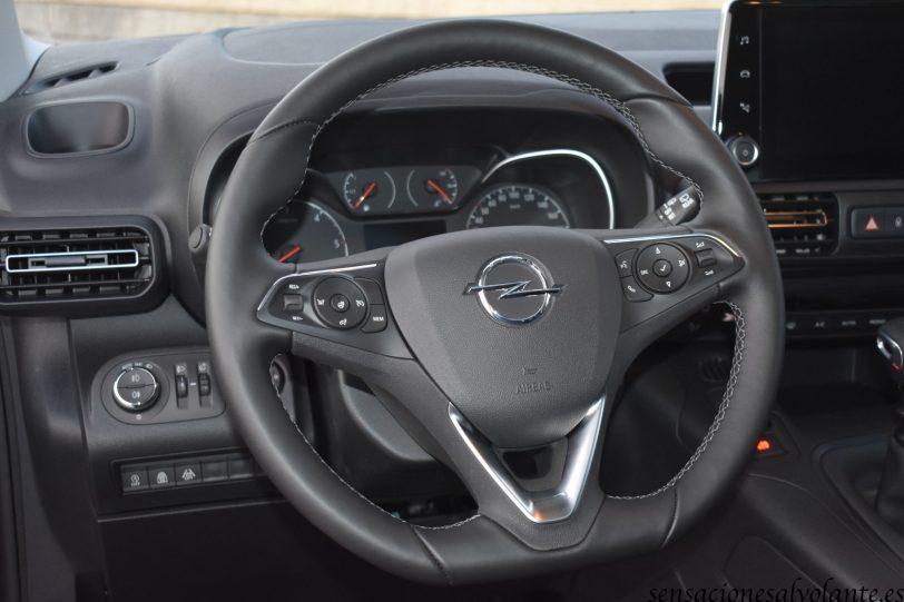 Mandos volante Opel Combo Life - Opel Combo Life: Un coche muy versátil