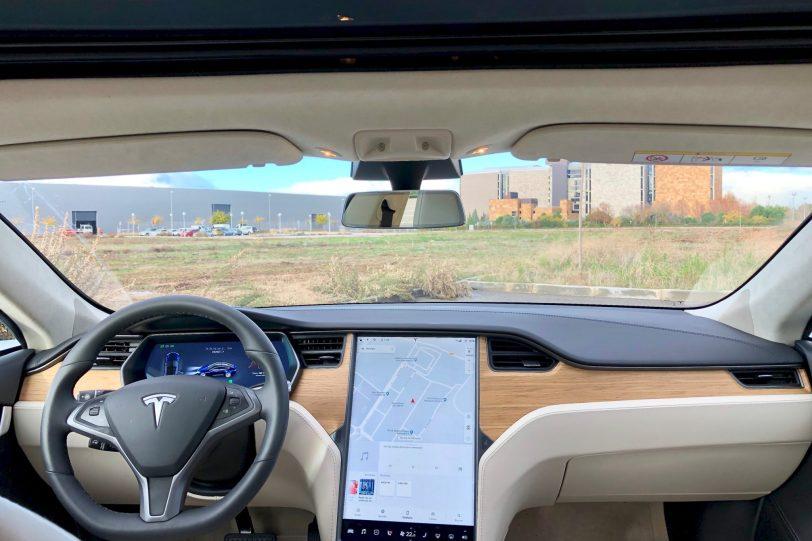 Salpicadero de frente. 1260x840 - Tesla Model S 100D y nuestro viaje de 1.000 km