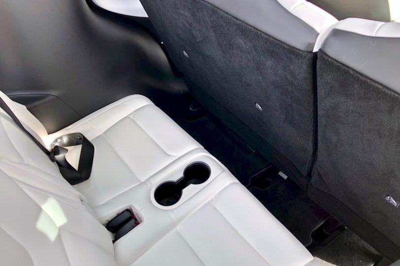 Tercera filas de asientos Tesla Model X 100D 1260x840 - Tesla model X 100D: No es cualquier SUV