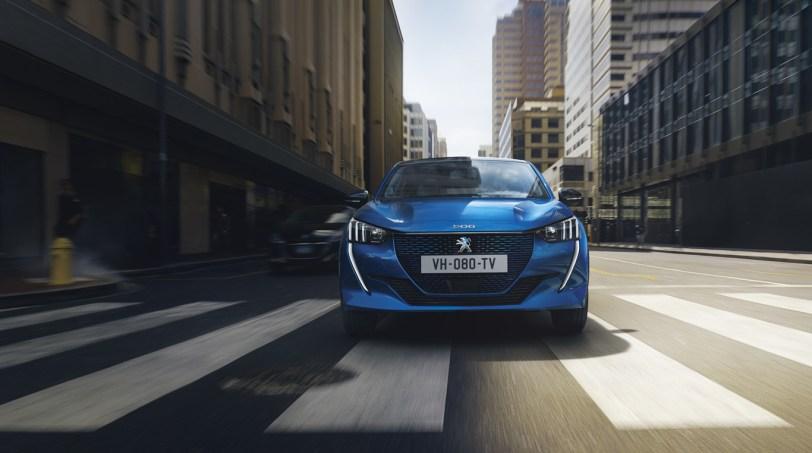 Circulacion Peugeot 208 - Nuevo Peuegot 208: Nuevo diseño, aspecto interior y ahora también un coche eléctrico