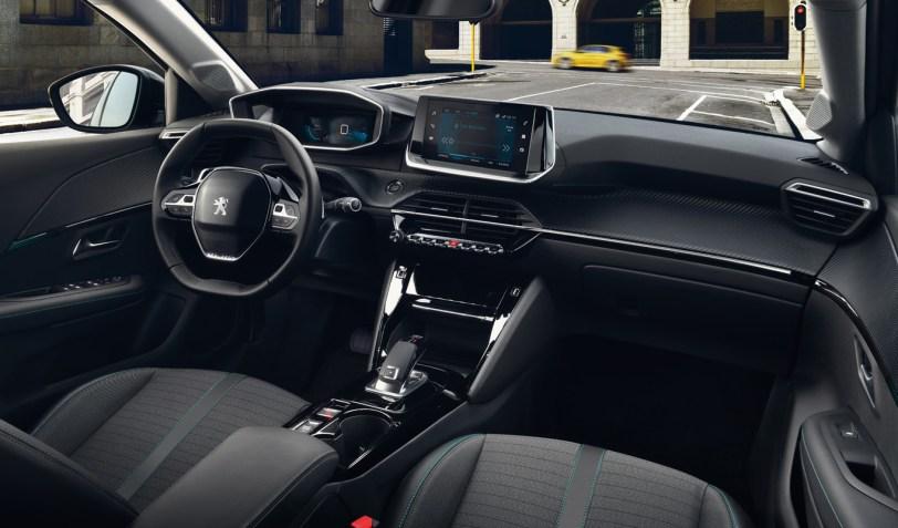 Interior Peugeot 208 - Nuevo Peuegot 208: Nuevo diseño, aspecto interior y ahora también un coche eléctrico