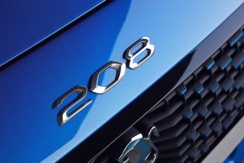 Logo Peugeot 208 - Nuevo Peuegot 208: Nuevo diseño, aspecto interior y ahora también un coche eléctrico