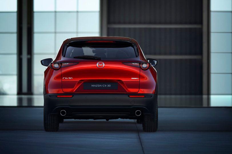 Mazda CX 30 at 2019GIMS 6 1260x840 - Mazda completa su gama con el nuevo Mazda CX-30