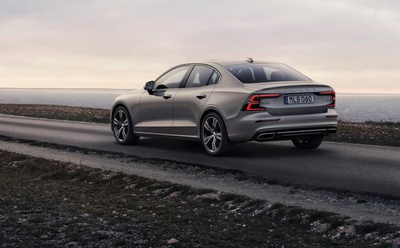 Volvo s40 - Volvo lanzará su última generación de motores diésel en junio.