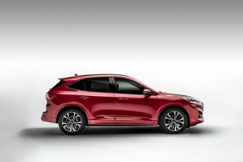 2560 300013 1260x840 - El Ford Kuga se renueva como SUV híbrido, híbrido enchufable, mild hybrid, además de gasolina y diésel
