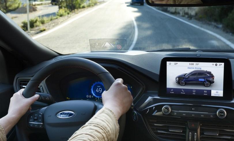 2560 300017 - El Ford Kuga se renueva como SUV híbrido, híbrido enchufable, mild hybrid, además de gasolina y diésel