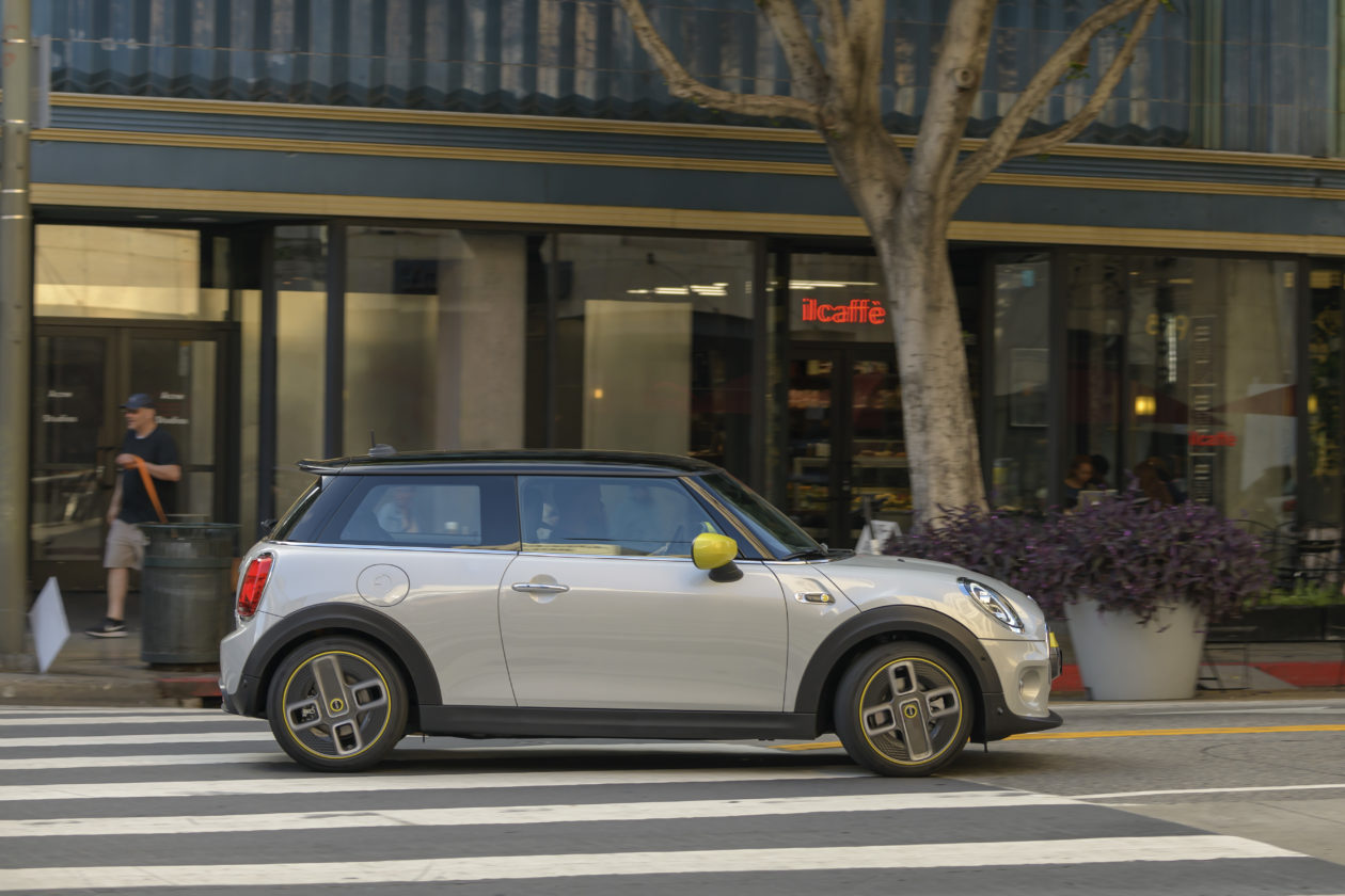 P90357189 highRes 1260x840 - Mini Cooper SE: El primer mini eléctrico