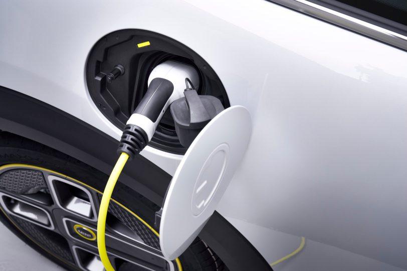 P90357963 highRes - Mini Cooper SE: El primer mini eléctrico