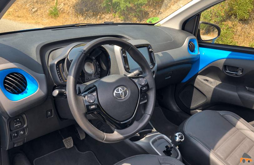 Salpicadero vistal lateral Toyota Aygo - Toyota Aygo 2019 ¿Es una buena alternativa para la ciudad?