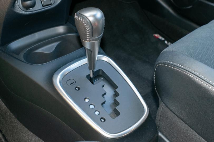 Cambio ecvt Toyota Yaris 1260x840 - Toyota Yaris GR-Sport: Un híbrido deportivo válido para la ciudad