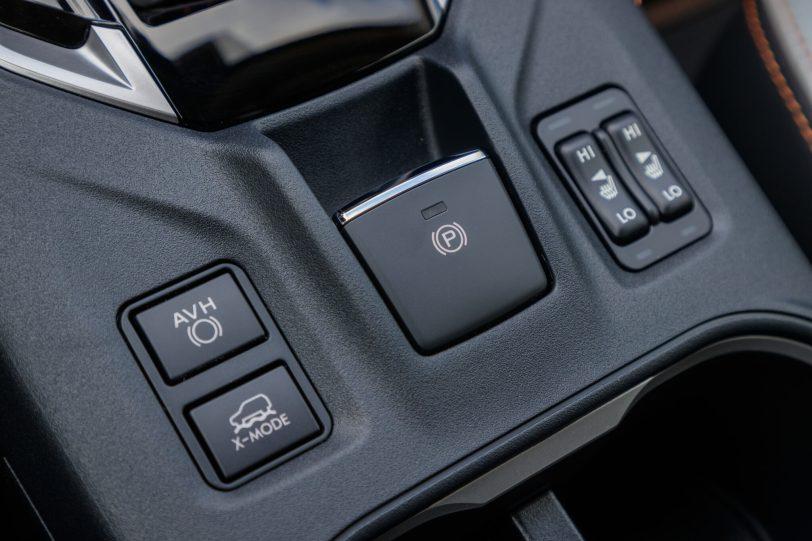 Subaru XV ECO HYBRID interior 14 scaled - Prueba Subaru XV Eco Hybrid 2020: Un SUV híbrido, económico y con grandes cualidades off-road