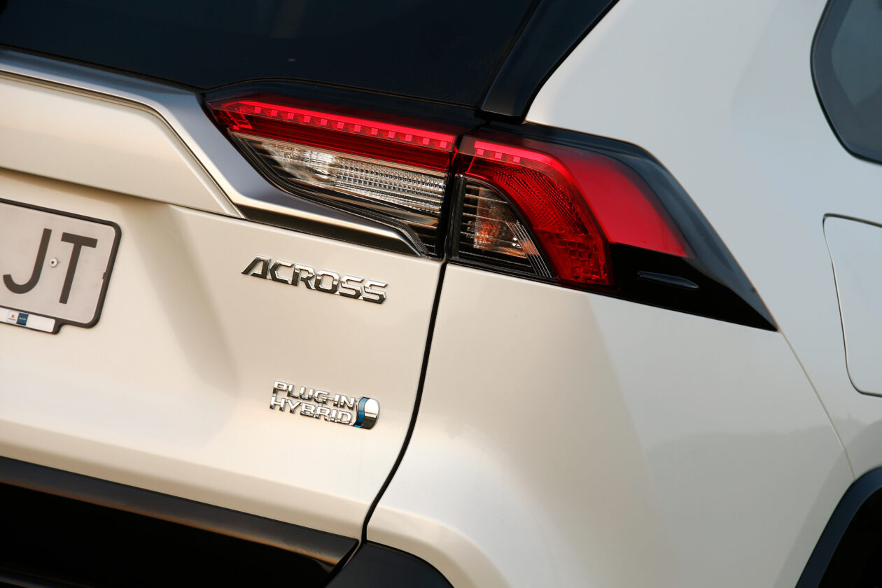 068acrss 4 1260x840 - Suzuki Across 2.5L 4×4 Plug-in-Hybrid de 306 CV: Un clon del Toyota RAV4