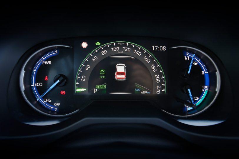 090acrss 4 scaled - Suzuki Across 2.5L 4×4 Plug-in-Hybrid de 306 CV: Un clon del Toyota RAV4