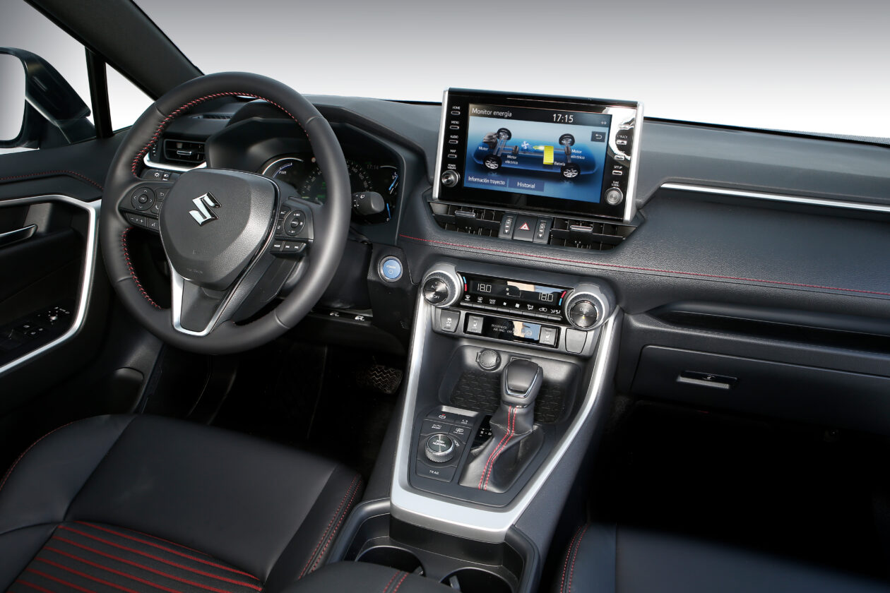 098acrss 4 1260x840 - Suzuki Across 2.5L 4×4 Plug-in-Hybrid de 306 CV: Un clon del Toyota RAV4