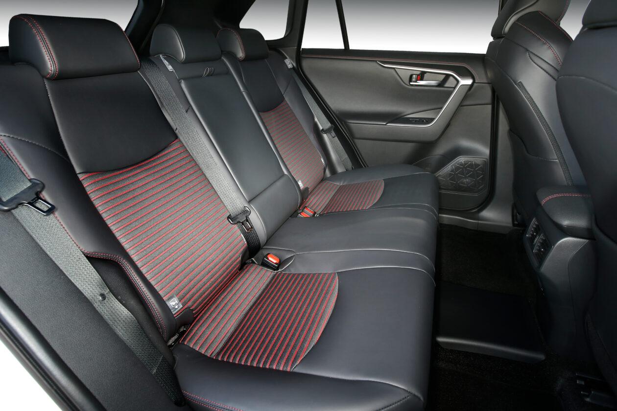 102acrss 4 1260x840 - Suzuki Across 2.5L 4×4 Plug-in-Hybrid de 306 CV: Un clon del Toyota RAV4