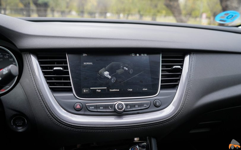 Pantalla multimedia Opel Grandland X Hybrid4 scaled - Prueba Opel Grandland X Hybrid4 2020: 300 CV y 59 km de autonomía eléctrica