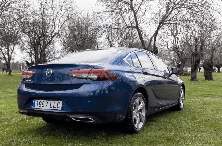 Trasera lateral derecho Opel Insignia 2021 - Prueba Opel Insignia 2021 GS Line 2.0T 200 CV: Listo para dar caña