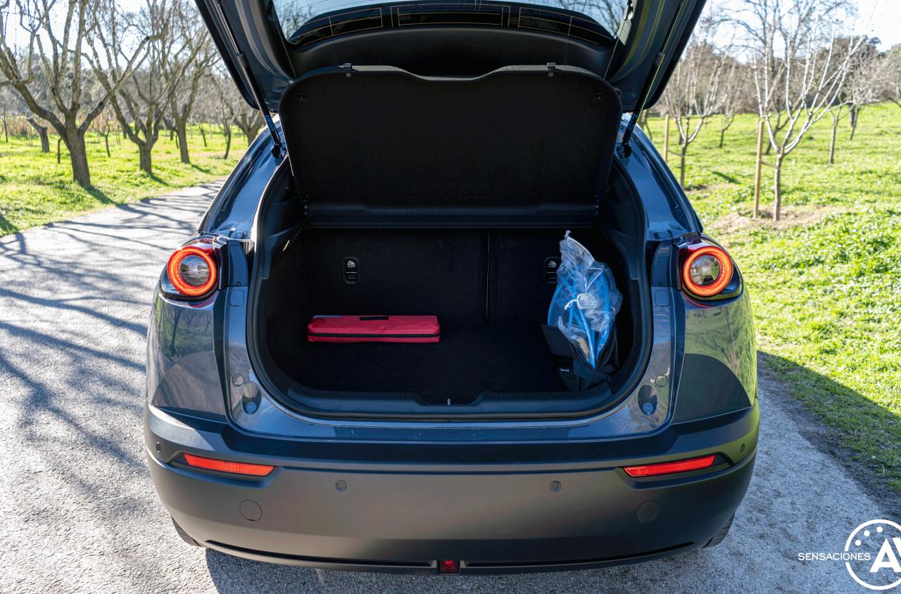 Maletero Mazda MX 30 - Prueba Mazda MX-30: Un eléctrico diferente, ¿un acierto?