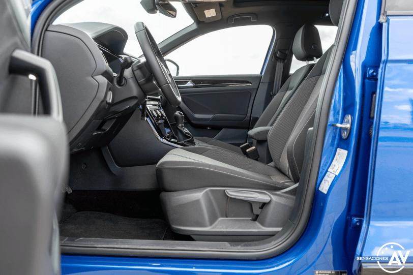 Plazas delanteras vista izquierda Volkswagen T Roc - Prueba Volkswagen T-Roc Advance Style 110 CV: ¿Un Killer del Golf?