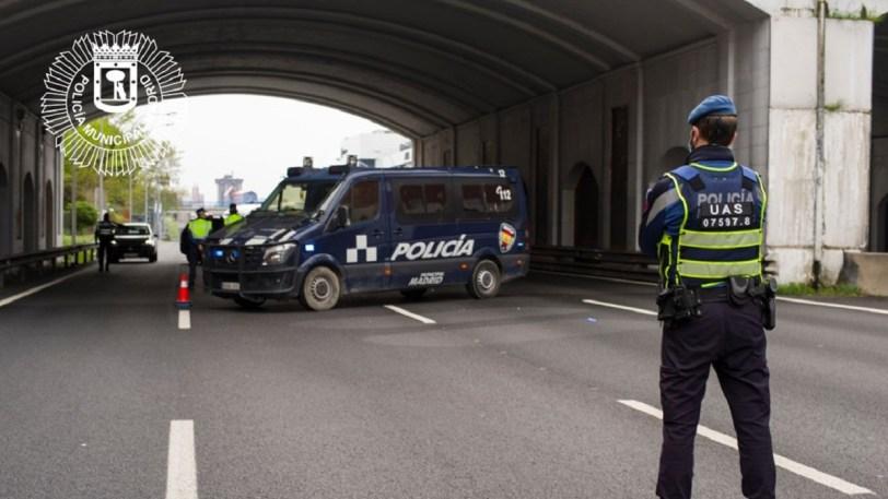 control policia madrid 3434 - Restricciones de movilidad en el puente de San José 2021