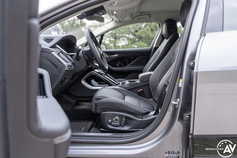 Plazas delanteras vista izquierda Jaguar I Pace - Prueba Jaguar I-Pace EV400: Una sonrisa permanente y 370 km de autonomía