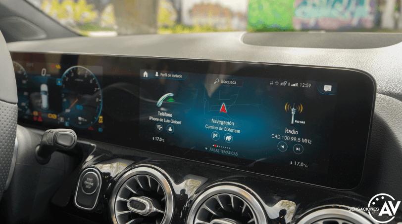 Pantalla central Mercedes GLA 250e PHEV - Prueba Mercedes-Benz GLA 250 e: Una gran evolución