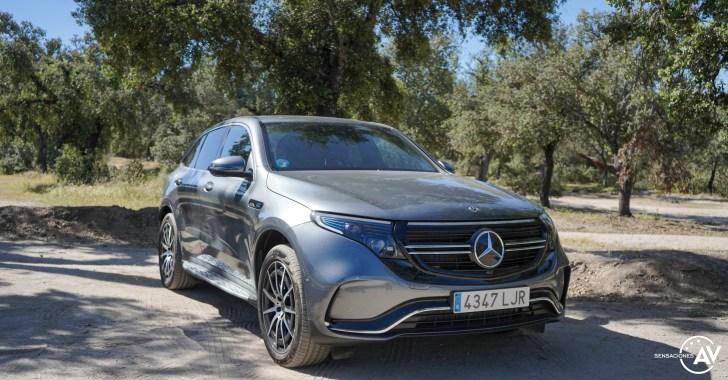 Frontal derecho Mercedes EQC - Prueba Mercedes-Benz EQC 400 4Matic: El SUV eléctrico de Mercedes que destaca por su confort y por su tecnología