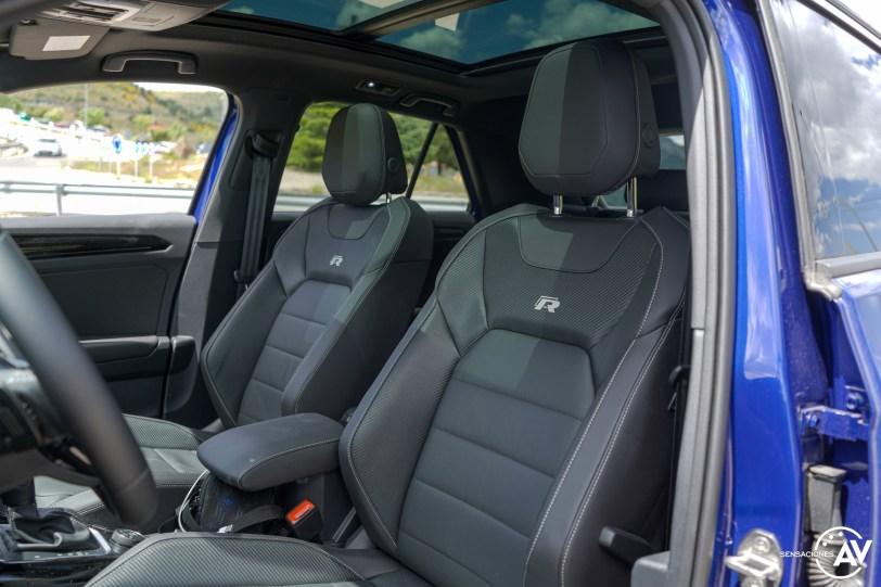 Plazas delanteras Volkswagen T Roc R - Prueba Volkswagen T-Roc R: 300 CV de pura adrenalina