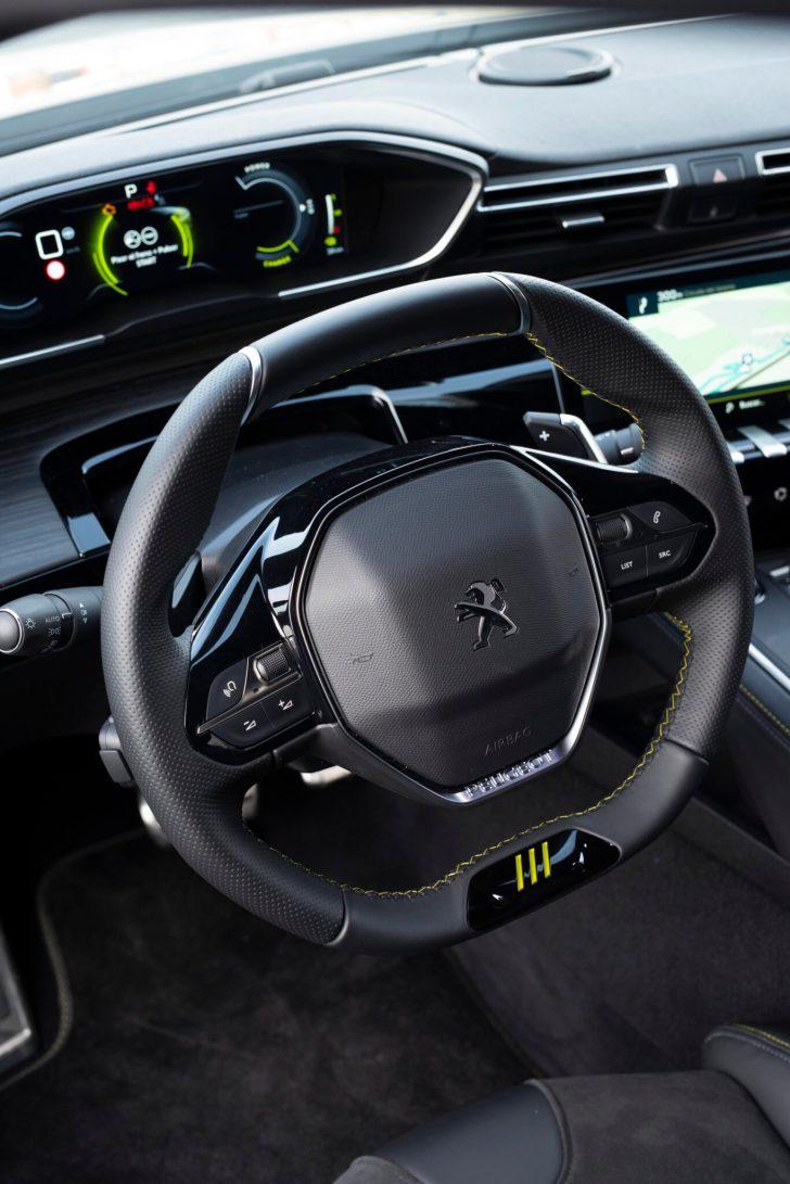 508PSE 02 scaled - Prueba Peugeot 508 PSE: Deportividad enchufable al estilo francés