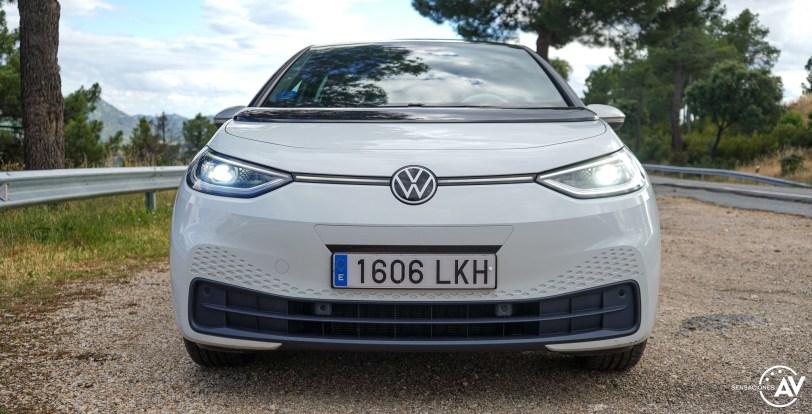Frontal cerca Volkswagen ID3 - Prueba Volkswagen ID.3 Pro 2021: Una nueva era eléctrica