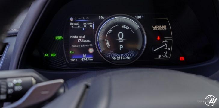 Tacometro Lexus UX 300e - Prueba Lexus UX 300e Business: Lujo, confort, garantía y electricidad todo en uno