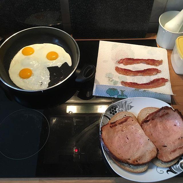 Eggs, Bacon and... Leberkäse! <a rel=