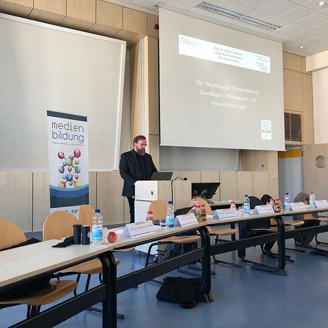Rück- und Ausblicke zur Magdeburger Medienbildung - Studiengangskonferenz gestern mit @joerissen #mebi15 - via Instagram