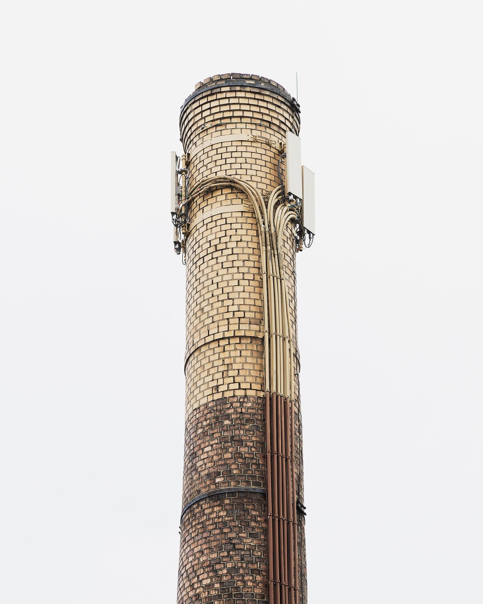 antenna chimney brick