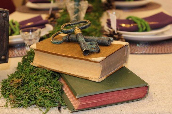 Alte Bücher und noch ältere Schlüssel passen perfekt zum Vintage-Motto.