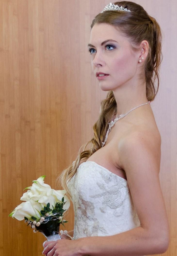 heute erstmal nur zur Probe: Mirja als wunderhübsche Braut
