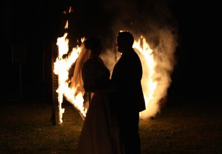 Feuervariete Feuershow Cedrus Inflamnia Hochzeitspaar Initialen 5