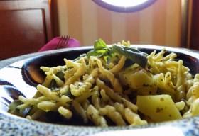Trofie con fagiolini e patate.175