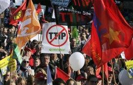 berlino-manifestazione-contro-ttip