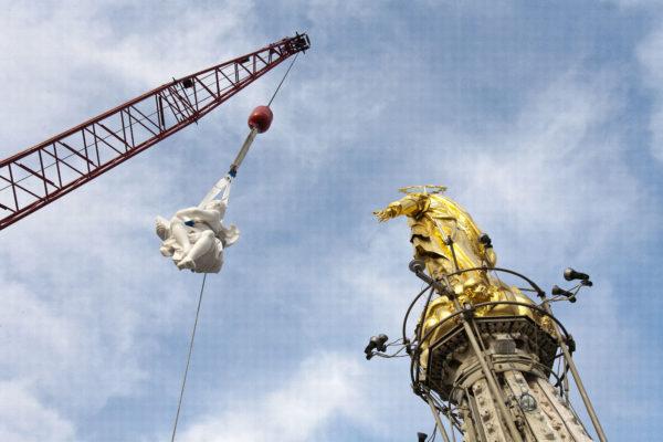 Duomo di Milano e panettone: G.Cova&C. adotta le guglie