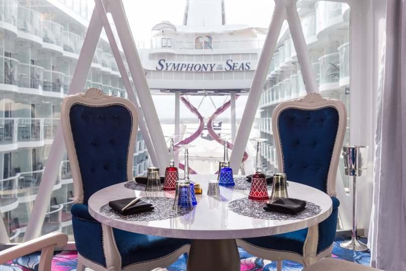 Symphony of the Seas - Wonderland Imaginative Cuisine- credit SBW Photo