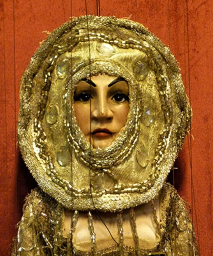 Dalla terra alla luna: viaggio fantastico con le marionette di Carlo Colla & Figli