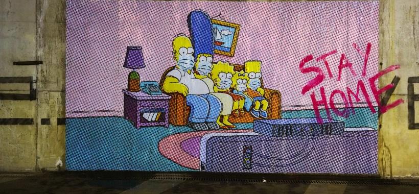 #Stay Home: il messaggio dai muri di Pompei della famiglia Simpson