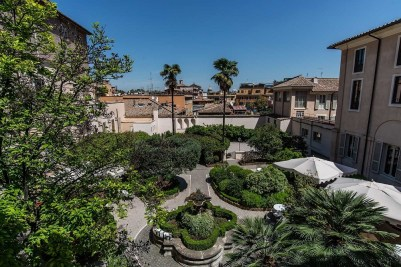 GARDEN-AND-CLOISTER2-low-1