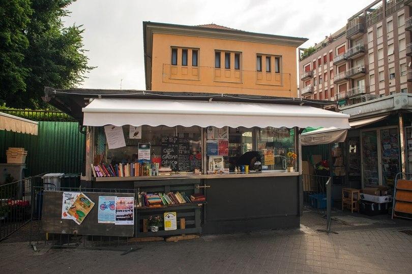 a-casa-di-giacomo-poesia-musica-incontri-tra-caffe-e-aperitivi