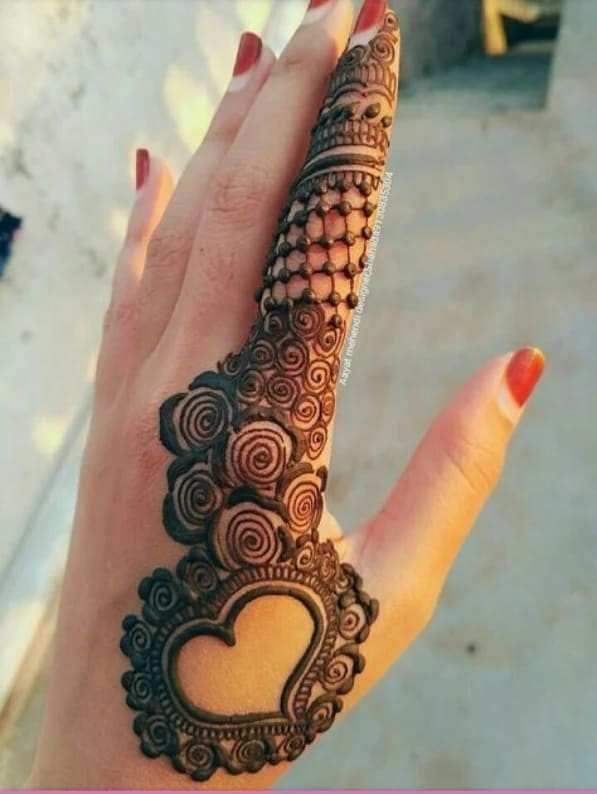 Mehandi Designs 2019 Simple Front Hand