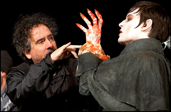Johnny Depp vampiro per Tim Burton: Dark Shadows, le prime foto