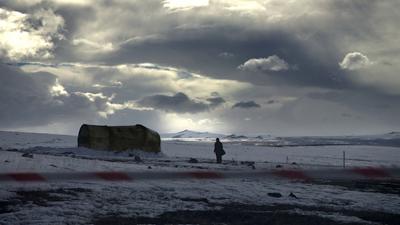 Una scena da KOSMOS, di Reha Erdem